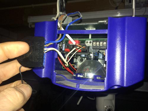 FIBARO module om domotica garage deur te bedienen