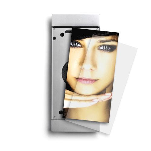Sdock iPad Air muurbeugel met lightning oplader en achtergrond foto
